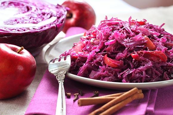 rode-kool-appels-rozijnen-kaneel