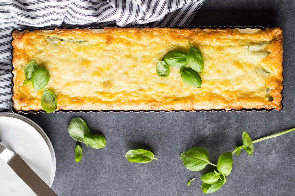 Smoked-Salmon-Asparagus-Quiche-1