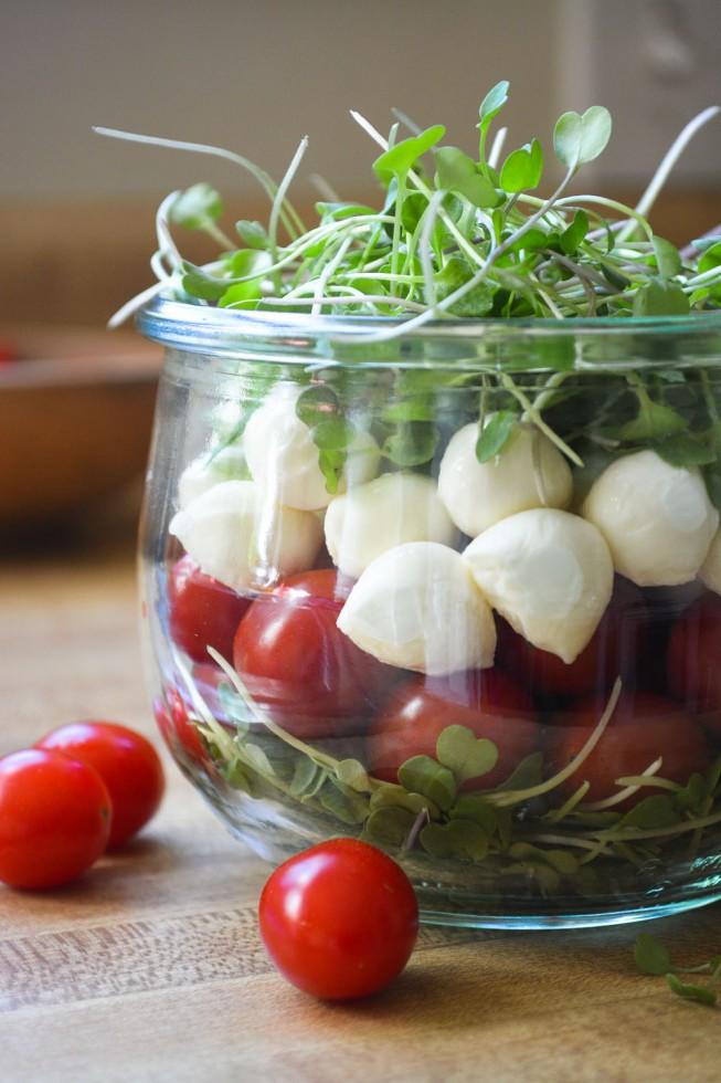 weekmenu-caprese-salad-in-a-jar-3