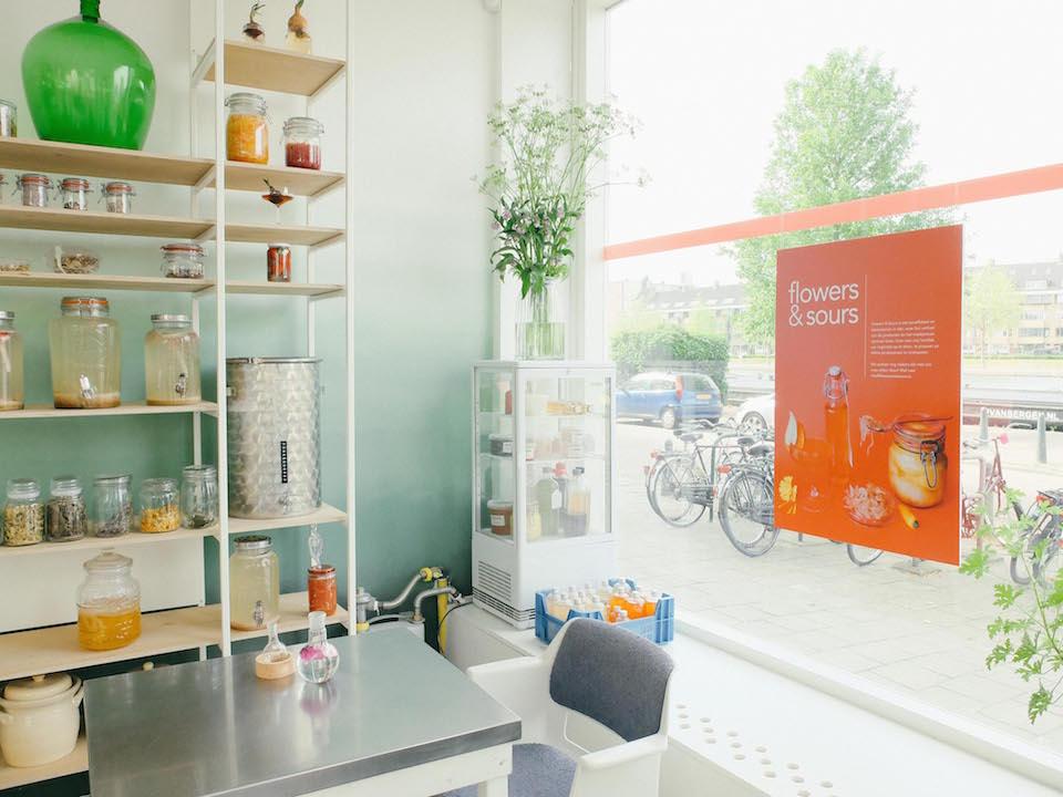 Korte Keten Rotterdam. Gesprek met Ferme Kolen over wantrouwen in Big Food vs vertrouwen op je eigen zintuigen, fermenteren & de uitdagingen van voedselondernemerschap.