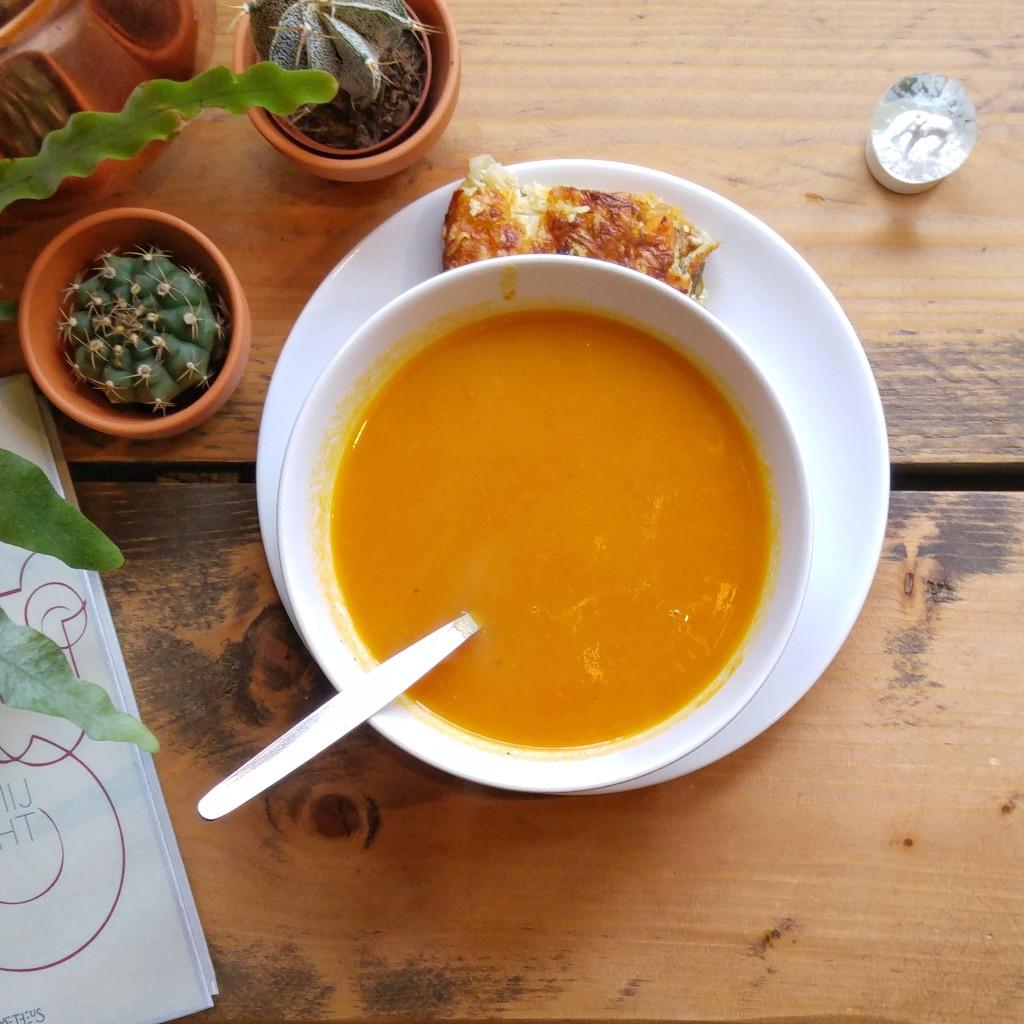 tour-de-soupe-the-living-delft