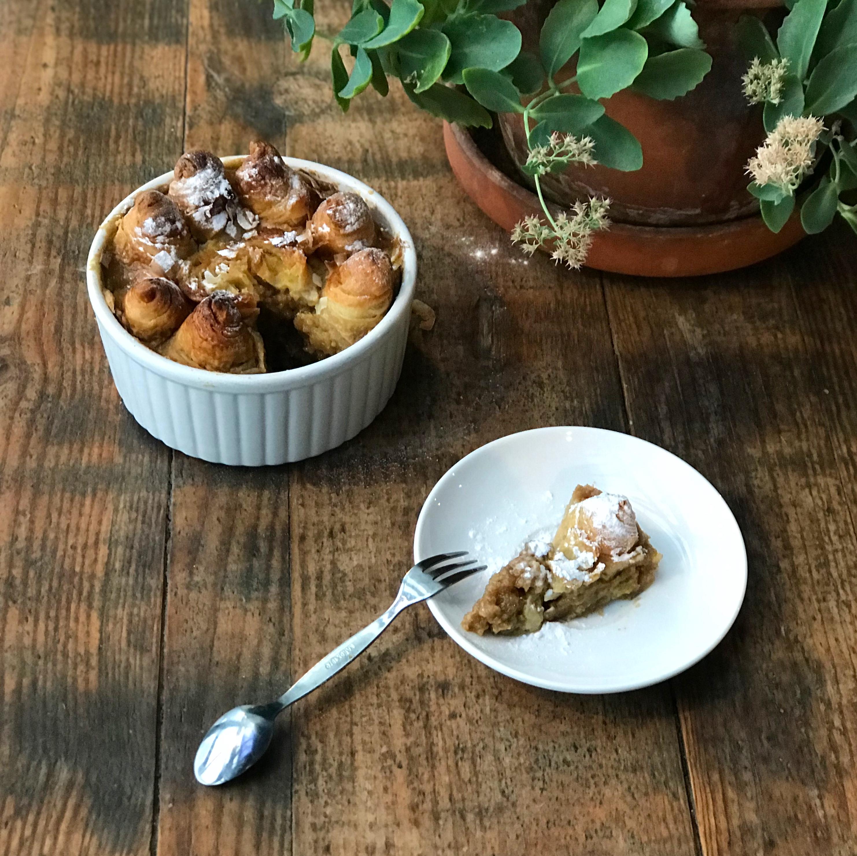 croissant-broodpudding-schuin-voor-vierkant- kliekjescollectief-