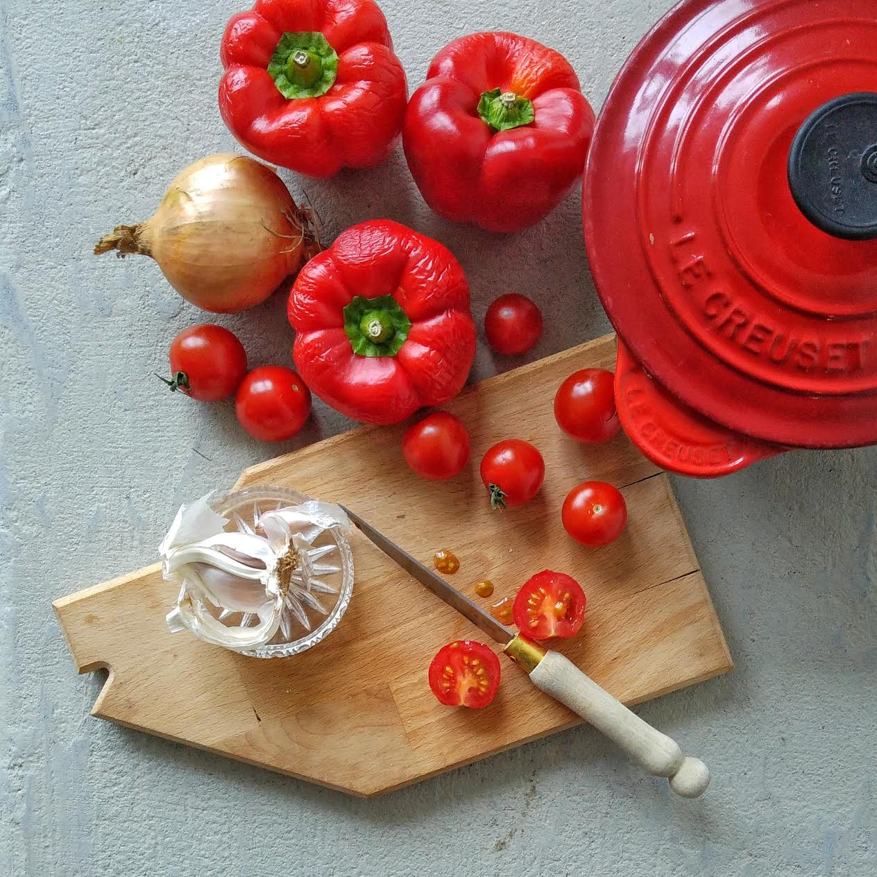 Paprika over? Maak een snelle simpele soep van je weggooigroente! Binnen 20 minuten klaar! Eet meer groente, verminder voedselverspilling en bespaar geld :-)